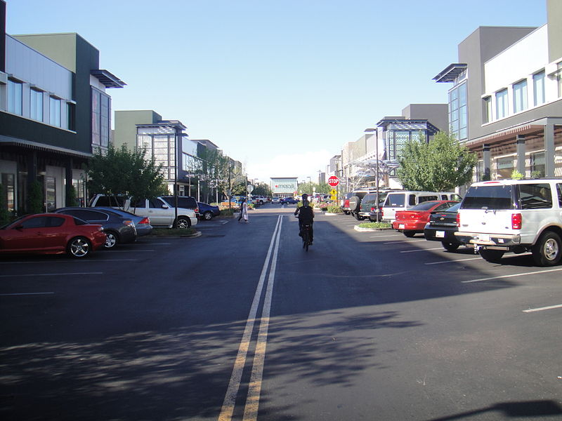 800px-SanTan_Village_-_North_-_2009-09-20