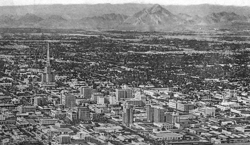 Downtown_Phoenix_looking_northeast_1950s